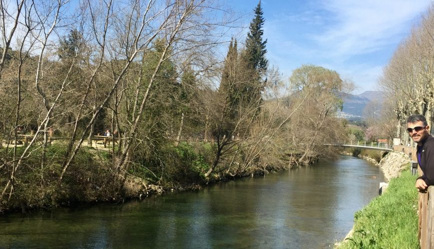 Cannes: a walk by the river